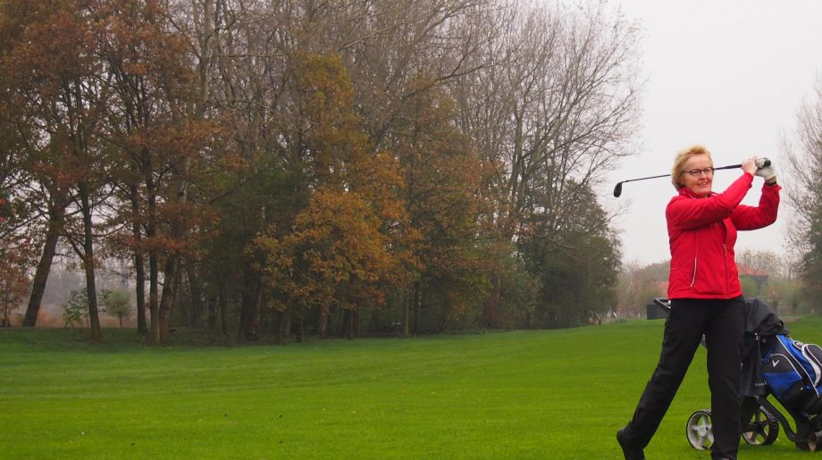Nieuwe contacten maken doe je ook op de golfbaan