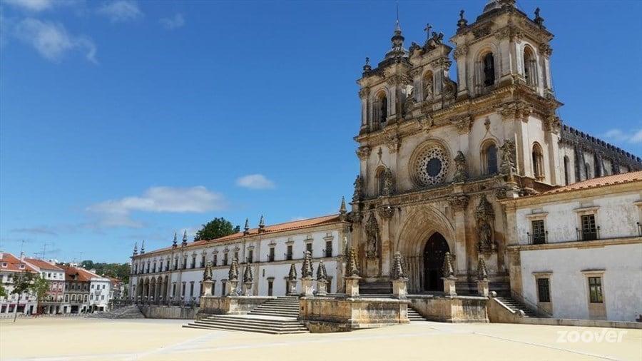 Column: Een bezoekje waard in Portugal: het klooster van Alcobaça